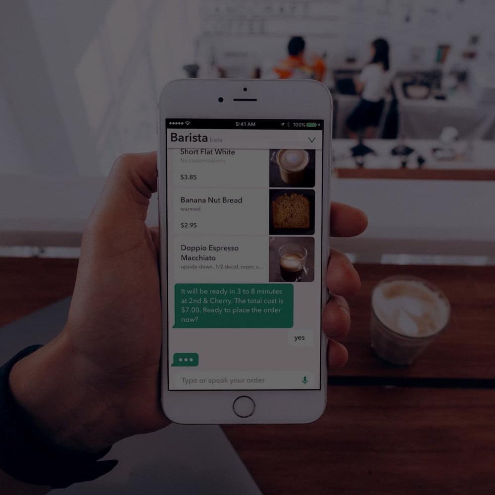 Smarte Assistenten Vorschaubild Handy mit Chatbot